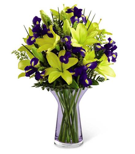 The FTD Touch of Spring Bouquet - BF7124