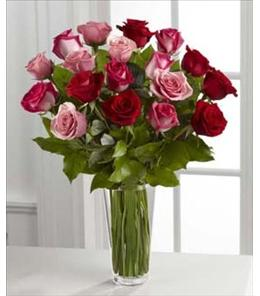 Photo of The FTD True Romance Rose Bouquet - B19-4387