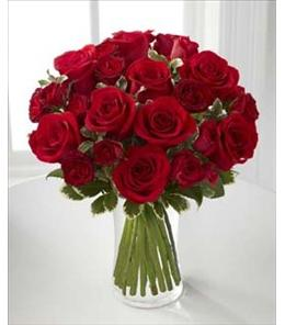 BF7163/B23-4375 - The FTD Red Romance Rose Bouquet