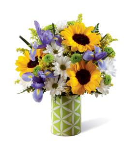 Photo of BF2025/16-S3d (Approx. 12 to 14 Stems - Vase Included)