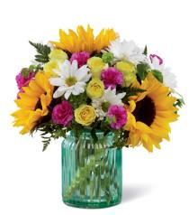 Photo of Sunlit Meadows Bouquet FTD M8 - 17-M8