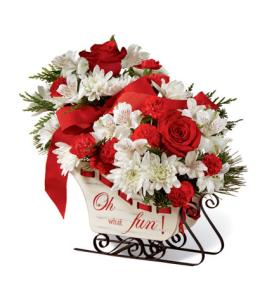 Photo of Holiday Traditions Sleigh  Bouquet FTD C4 - 15-C4