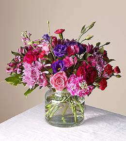 Photo of BF2096/16-V2d (10 Stems with 3 roses - Vase Included)