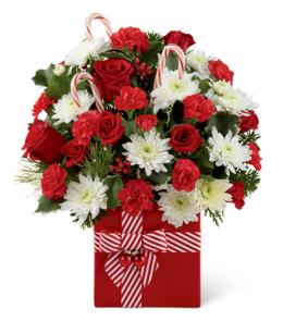 Photo of Holiday Cheer™ Bouquet FTD C2 - 14-C2