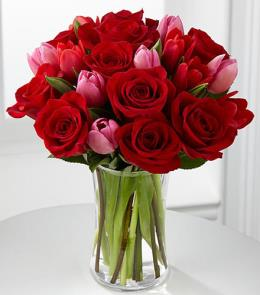 Photo of Let Love In Valentine Bouquet - FE67