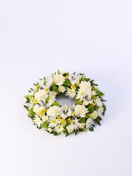 Photo of Classic Wreath Yellow and Cream - 500448