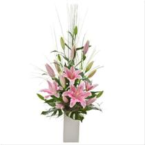 Photo of Elegant Arrangement of Oriental Lilies - AUS302
