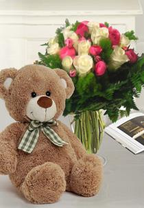 Photo of Roses Greens and soft Teddy Bear - IT1923