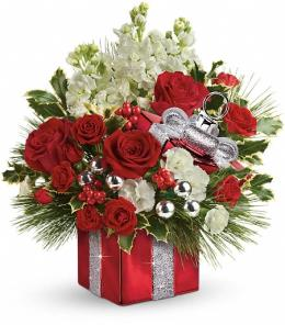 Photo of Teleflora's Glittering Greetings Bouquet - T15X405
