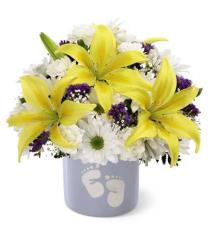 Photo of The FTD Sweet Dreams Bouquet - Boy - SWB