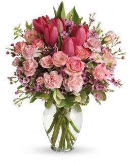 Photo of Full Of Love Vase w/o tulips - TEV24-2