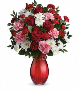 BF6545/T15V100 - Sweet Embrace Bouquet by Teleflora