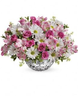 Photo of Facets Of Spring Centerpiece Teleflora - TEV21-5