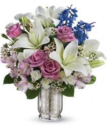 Photo of Teleflora's Garden Of Dreams Bouquet - TEV28-3