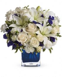 Photo of Teleflora's Sapphire Skies Bouquet - TEV25-3