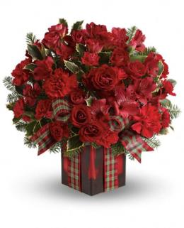 Photo of Season's Surprise Bouquet by Teleflora - TWR11-1