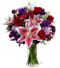 Photo of Stunning Beauty  Vase Bouquet - C16-4839