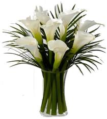Photo of Endless Elegance Calla Lily Bouquet - FW14