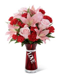 Photo of The FTD Hold My Heart Bouquet - 14-V3