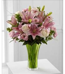 Photo of The FTD Classic Beauty Bouquet - C8-4854