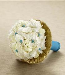Photo of The FTD Moonbeam Bouquet - D12-4916