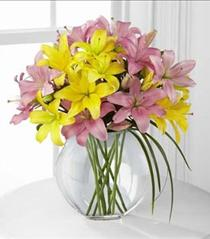 Photo of The FTD Lilies & More Bouquet - D9-4913