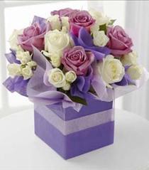 Photo of The FTD Pure Romance Rose Bouquet - E10-4818