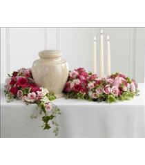Photo of Remembrance Arrangement - S25-4492