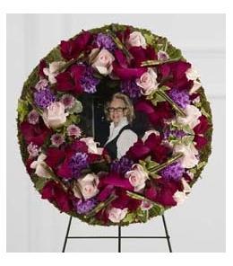 Photo of Eternity Wreath FTD - S31-4507