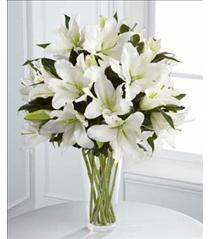 Photo of The FTD Light In Your Honor Lily Bouquet - S4-4443