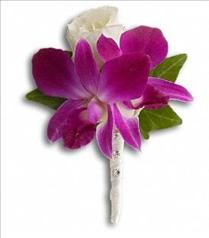 Photo of Fresh in Fuchsia Boutonniere - T203-1