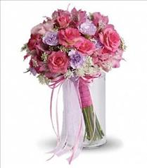 Photo of Fairy Rose Bouquet - T204-1