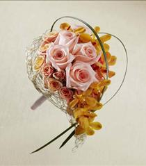 Photo of The FTD Peach Waterfall Bouquet - W24-4682