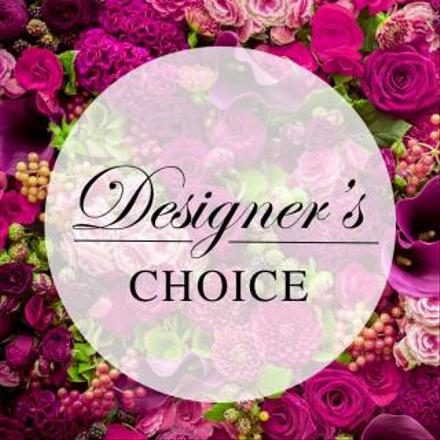Photo of flowers: Designer's Choice Arrangement