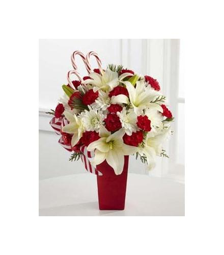 Photo of flowers: The FTD Holiday Happiness Bouquet