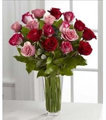 Photo of flowers: True Romance Rose Vase