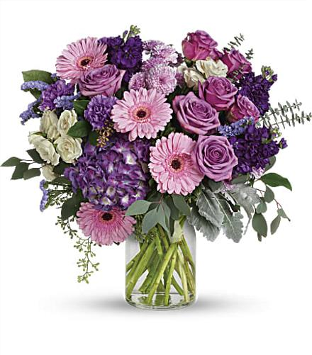 Photo of flowers: Magnificent Mauves Bouquet