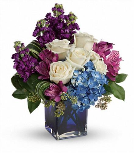 Photo of flowers: Portrait In Purple Bouquet T601-3