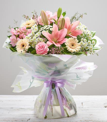 Photo of flowers: MOTHER'S DAY CHERISH HAND-TIED
