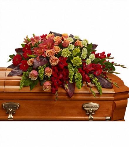 Photo of flowers: A Fond Farewell Casket Spray
