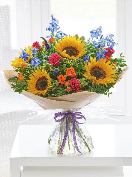 Photo of flowers: SUMMER RAINBOW HAND-TIED