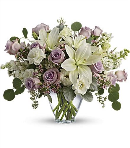 Photo of flowers: Lovely Luxe Bouquet