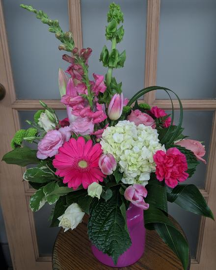 Photo of flowers: Purple Beauty Pink Glass Vase