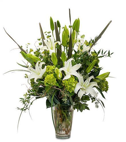Photo of flowers: Naturally Elegant in Vase