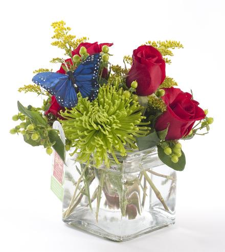 Photo of flowers: Red Roses and Green Flowers by BF