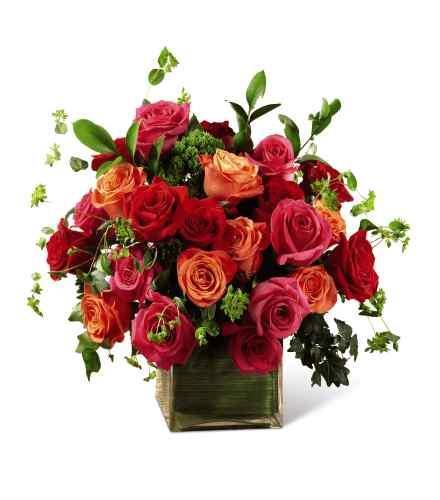 Photo of flowers: The  Lush Life Rose Cube Vase
