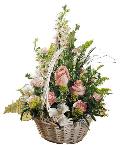 Photo of flowers: Blushing Beauty Basket of Flowers