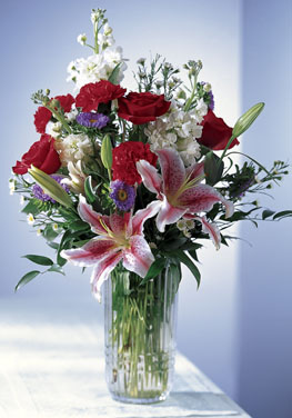 Photo of Sweeter Than Sugar Flower Bouquet in Vase  - C18-3066