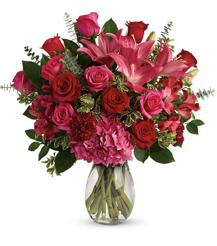 Photo of flowers: Love Struck Bouquet