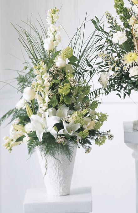 Photo of flowers: Weeping Lilies Arrangement